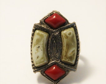 Vintage Celtic style ring.  Red and green glass ring.  Adjustable ring.  JEM ring.