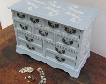 Large Jewelry Box, Light Blue Musical Vintage Jewelry Box, Blue and Antique White Stenciled Jewelry Box
