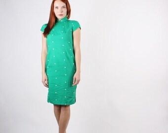 ON SALE 65% ends May 1st 1960s Green Polka Dot Cheongsam Dress  - Vintage Chinese Dress  - The Shunan Dress  - 5122