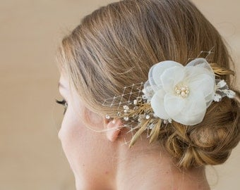Ivory Wedding hair flower, Gold wedding hair piece, Bridal hair flower, Wedding Hair accessories, Wedding fascinator, Bridal hair piece