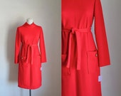 vintage 1970s knit dress - ROUGE bright red belted dress / M-L (Nwt)