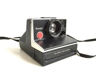 POLAROID camera VINTAGE sx-70 BLACK and silver lining -- tested and works!