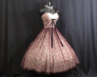 Vintage 1950's 50s STRAPLESS Burgundy Black Lace Tulle Party Prom Wedding Dress
