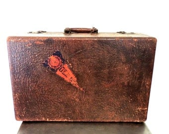 vintage leather suitcase - 1930s-40s chocolate brown leather luggage suitcase