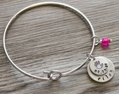 Mom Bangle, Personalized Name and Date, First Mom Gift, New Mom Gift, Gift for Grandmother, New Baby Bangle Gift, Newborn Personalized, Gift
