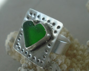 HEART-Emerald Green Sea Glass Sterling Silver Ring