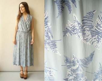 1970's Vintage Cornflower Blue Printed Midi Tea Dress Size S/M
