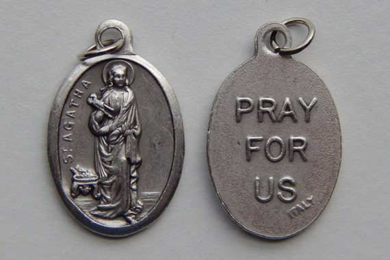 5 Patron Saint Medal Findings - St. Agatha, Die Cast Silverplate, Silver Color, Oxidized Metal, Made in Italy, Charm, Drop, RM204