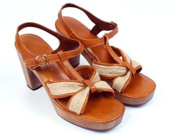 vintage 1970s heels • LA DONITA wooden heel platform sandals size 9