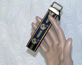 Key fob, key wristlet,key holder, keys, key chain, key holder, keys, house keys, house key holder, NFL Green Bay Packers