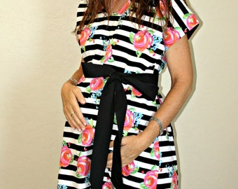 LINED Samantha Maternity Hospital Gown - Black White Stripe and Watercolor Flowers  - Choose Your Lining Color- by Mommy Moxie on Etsy