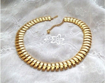 50% Napier Bright Gold Articulated Collar Necklace
