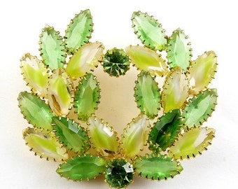 DeLizza & Elster Juliana Peridot Green , Lime and White Givre Rhinestones Wreath Brooch Pin