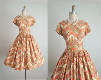 50's Dress // Vintage 1950's Vibrant Paisley Sateen Cotton Full Casual Dress M