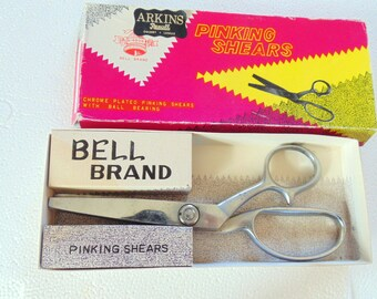 vintage PINKING SCISSORS SHEARS 8 inch Bell Brand Original Box Made in Japan 1960s