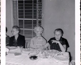 Vintage Photo, Thanksgiving Dinner, Palisades Park, NJ, Found Photo, Black & White Photo, Vernacular Photo, 1950's Photo   *AUGUSTINE0495