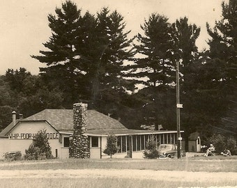 CLOYNE Ontario Vintage Postcard Dining Room Whip Poor Will Lodge 1950s – Great Vintage Summer Photo