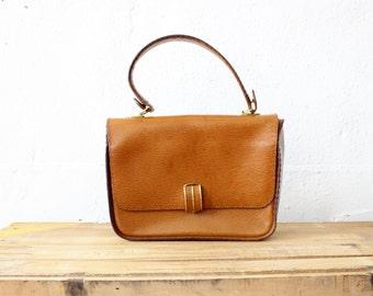 Brown Leather Handbag • Top Handle Bag • 60s Mod Leather Bag • Brown Leather Purse • Tan Leather Handbag • 60s Purse • Vintage Purse  | B717