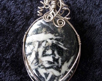 Sterling Twisted Wire Vintage With Black and White Stone Pendant   2 1/2'    Handmade