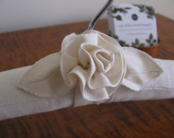 Brides Hanger, Linen Brides Hanger, Ivory Bride Hanger with Flower, Wedding Hanger, Ivory Wedding Hanger, Ivory Bridal Hanger, Wedding Acces