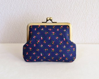 Preppy navy blue floral coin purse. Handmade in Japan. Ready to ship - frame purse, clasp purse, floral print.