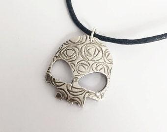 Alien Skull Silver Pendant Necklace