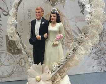 Vintage Chalkware Wedding Cake Topper 1940's, Coast Novelty Mfg co, Bride Groom Cake Top