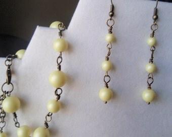 Yellow Crystal Pearl Swarovski Bracelet - Pale Yellow Bracelet