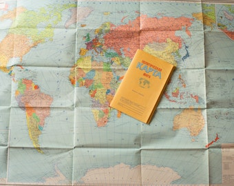 Vintage large a political map of the World issued in Soviet Union on 1985s. In Russian, 1:30000000