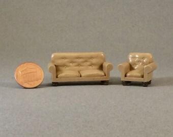 Quarter Inch Scale - Leather Sofa