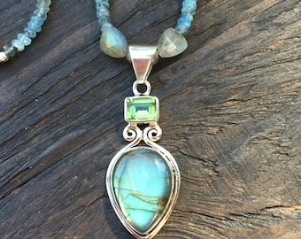 Labradorite necklace with moss aquamarine