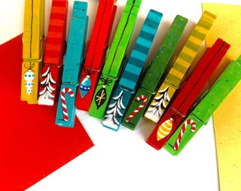 CHRISTMAS ORNAMENT CLOTHESPINS painted magnetic card hang clips