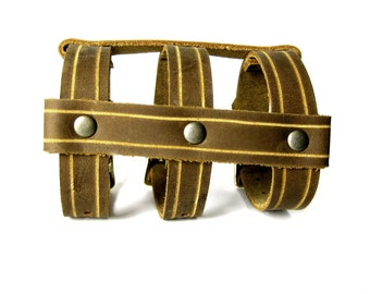 CAGE CUFF Leather Bracelet in Rust and Antique Brass