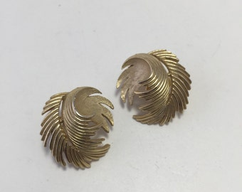 Crown Trifari Clip Earrings Brushed Gold tone Textured Leaves Vintage