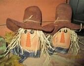 Scarecrow Ornie Tuck