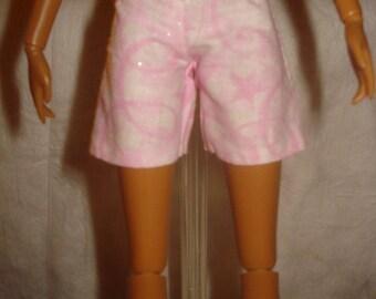 Fashion Doll Coordinates - Shorts in pink with pink swirls & sparkles - es170