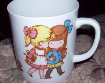 ViNtAgE Joan Walsh Anglund Collectible Mug