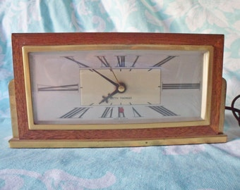 Vintage 1940's Seth Thomas Baxter -2E E009-007- ART DECO Wood & Brass Electric Desk Clock