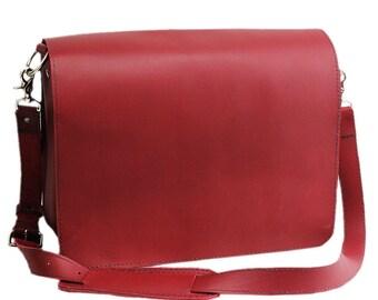 "15"" Red Sierra Mission Laptop Bag -- 15-MIS-RD-LAP"