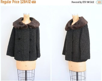 SALE / vintage 50s faux persian lamb coat - black curly lambswool coat / 1950s classic coat - plush rabbit fur collar / ladies jacket