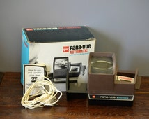 Gaf Pana-Vue Automatic Lighted 2x2 Slide Viewer & AC adapter