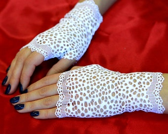 White Stretch Lace Gloves , stretch lace, fingerless lace gloves, Bride, bridesmaid, gift for her.  Ready to ship.