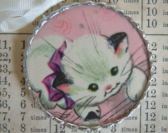Fiona and The Fig - 1950s Era - Kitten Charm - Necklace - Pendant - Jewelry