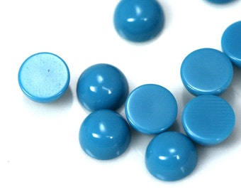 10 pcs 2 mm synthetic turquoise round cabochon 20CB
