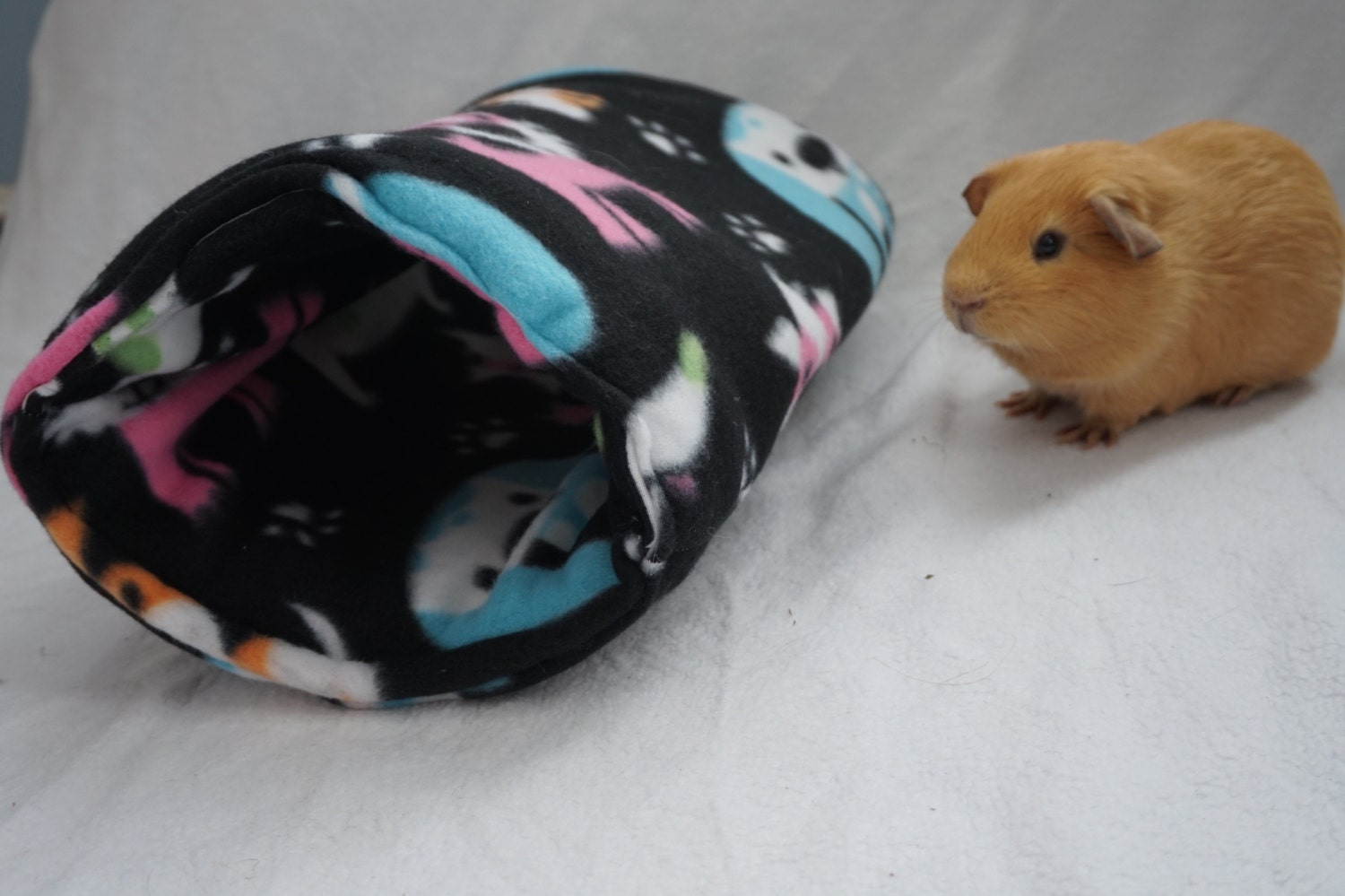 Dogs guinea pig bed guinea pig tunnel guinea by for How to make a guinea pig bed