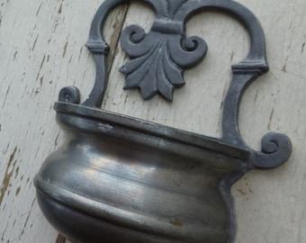 Pewter Wall Pocket Vase. Vintage 1960s 1970s. Zinn Peltro Etain. Silver Gray Metal. Wall Planter. Cottage, Farmhouse, Garden Decor.
