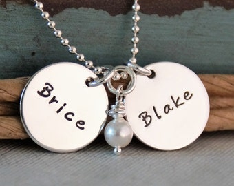 Two name tags with names / Mommy Necklace / Personalized Jewelry / Hand Stamped Jewelry with pearl
