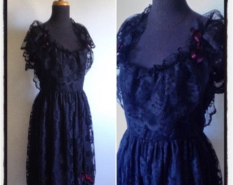 Vintage 1970's Black Lace Cocktail /Boudoir Dress with Burgundy satin Bows - Size US 8 / UK 14