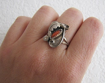 Navajo Sterling silver coral flower and leaf ring, size 7.5