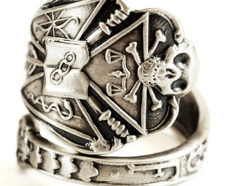 IOOF Ring, Odd Fellows, Sterling Silver Spoon Ring, Skull and Crossbones Skull and Bones Mens Masonic Ring Skull Ring, Adjustable Ring, 1081